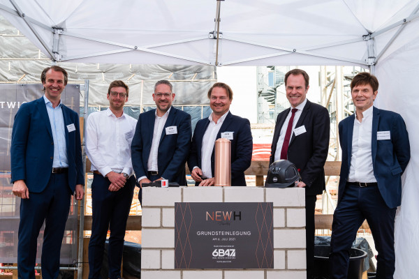 """6B47: Laying of the foundation stone in Düsseldorf - """"New H"""" office and commercial building to become the new neighbour of Deutsche Oper am Rhein"""