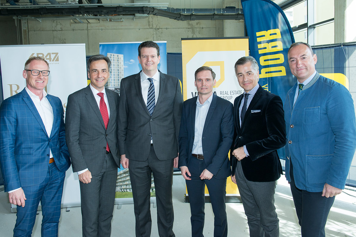 Topping out celebration for large-scale project in Graz