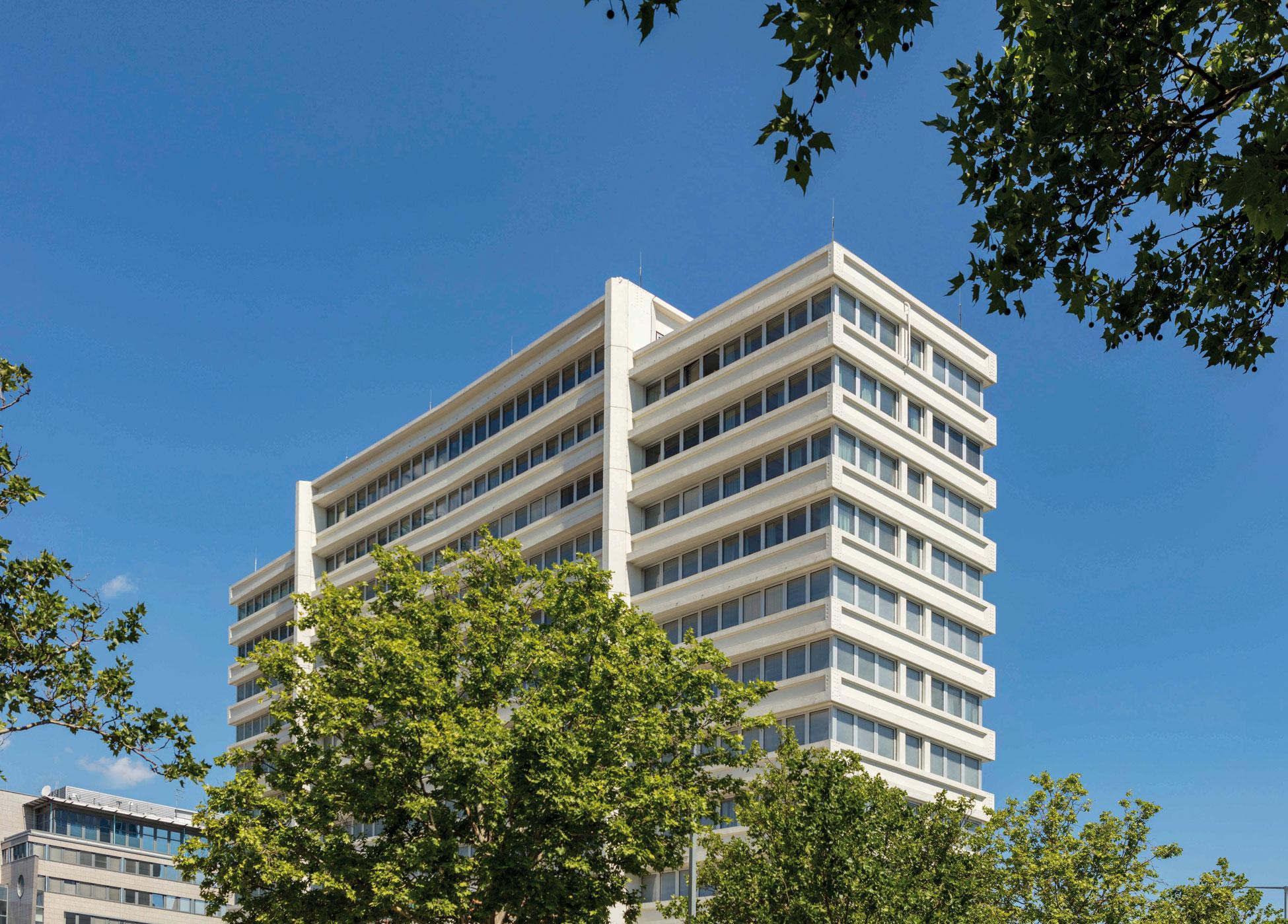 6B47 PhilsPlace hotel project wins FIABCI Prize 2020